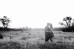 Αυτή η Γαμήλια Φωτογράφηση έχει Συγκλονίσει τον Πλανήτη. Ο Λόγος; Για Κοιτάξτε τον Γαμπρό λίγο Καλύτερα…  #Αληθινέςιστορίες