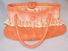Красивая сумочка и много другого на сайте