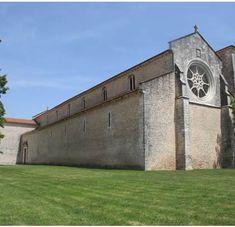 IGREJA DO MOSTEIRO DE SANTA CLARA #Monumentos #Santarém #Ribatejo #Portugal http://www.festivalnacionaldegastronomia.pt/santarem/o-que-visitar/igreja-do-mosteiro-de-santa-clara