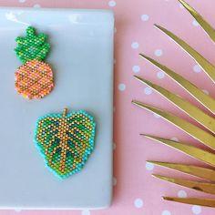 Ananas et feuille (Rose Moustache)