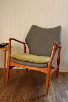 Design: Ib Madsen & Acton Schubbel, Danmark. 1950-tallet. Produsent: Vik & Blindheim, Sykkylven. / FINN.no ca. 12000,-