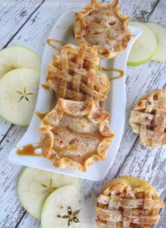 Mini Apple Pies recipe, so good! Perfect fall dessert recipe, yum! Love…