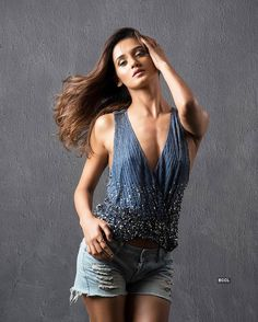 Sizzling celebrity Shakti Mohan showing nipples cleavage hot and sexy dancer of India Indian Actress Hot Pics, Indian Bollywood Actress, Bollywood Girls, Indian Actresses, Hot Actresses, Teen Celebrities, Indian Celebrities, Bollywood Celebrities, Celebs