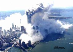 Vue aérienne de Manhattan, le 11 septembre 2001. Greg Semendinger
