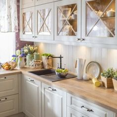 Modern kitchens may be efficiently kitted out and look seamlessly well designed with nice materials fixtures and finishes – but […] kitchen fixtures Inspiring Modern Scandinavian Kitchen Design Ideas Rustic Kitchen, Kitchen Remodel, Kitchen Decor, Modern Kitchen, New Kitchen, Kitchen, Interior Design Kitchen, Farmhouse Style Kitchen, Scandinavian Kitchen Design