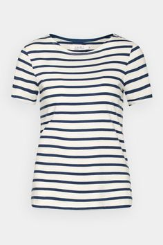 Short-sleeved sister to the famous Seasalt Sailor Shirt. Made from pure organic cotton, with a stylish boat neck, cap sleeves and Breton stripes. Sailor Shirt, Breton Stripes, Great T Shirts, Cool Tees, My Wardrobe, Tee Shirts, Short Sleeves, Clothes, Tops