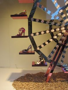 (A través de CASA REINAL) >>>> windowsandmerchandising: SHOE CARNIVAL-SELFRIDGES-LONDON-MARCH 2013(1)