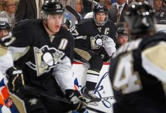 Sidney Crosby returns for game 2 against the Islanders 5/3/13