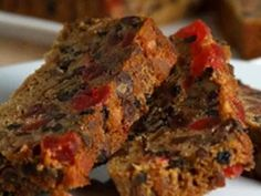 Paleo Turkey or Beef Meatloaf Recipe - not your momma's meatloaf.certainly not your ordinary meatloaf. Meat Recipes For Dinner, Paleo Dinner, Beef Meatloaf Recipes, Pan Dulce, Xmas Food, Sweet Recipes, Delicious Desserts, Food And Drink, Flat