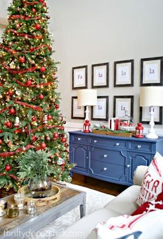 Visit our Christmas home tour @ThriftyDecorChick! Christmas Colors Christmas Colour Schemes Christmas & 566 best Blogger Christmas House Tour images on Pinterest in 2018 ...