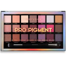 The Profusion Pro Pigment eye makeup kit includes 21 show-stopping, multi-finish eyeshadows and a dual-ended brush. Shop online to buy your high-impact eyeshadow now! Makeup Guide, Eye Makeup Tips, Makeup Dupes, Smokey Eye Makeup, Makeup Brands, Makeup Kit, Best Makeup Products, Makeup Ideas, Beauty Products