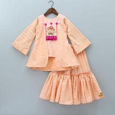 Indian Wear, Ethnic Wear for Girls Girls Dresses Sewing, Stylish Dresses For Girls, Dresses Kids Girl, Kids Outfits, Kids Dress Wear, Kids Gown, Kids Wear, Kids Frocks Design, Baby Frocks Designs