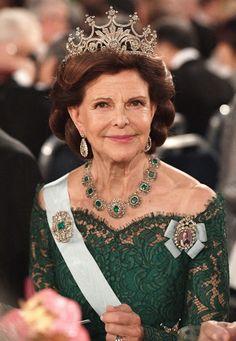 Queen Of Sweden, Princess Sofia Of Sweden, Princess Victoria Of Sweden, Crown Princess Victoria, Royal Diamond, Prix Nobel, Swedish Royalty, Royal Tiaras, Queen Silvia