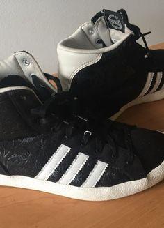 Kupuj mé předměty na #vinted http://www.vinted.cz/damske-boty/tenisky/18327639-cerne-tenisky-adidas-originals-kotnikove