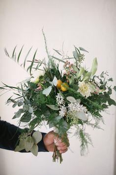 Green bridal bouquet | Lauren Carroll Photography