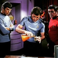 A toast. To fond memories and lasting friendships into the final frontier. Star Trek Rpg, Star Trek Spock, Star Trek 1966, Star Trek Party, Leonard Mccoy, Star Trek Convention, Spock And Kirk, Captain Janeway, Star Trek Original Series