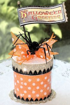 Items similar to Halloween Spider Favor Box, Halloween Keepsake Box, Gift Box on Etsy Halloween Paper Crafts, Halloween Favors, Halloween Boo, Halloween Projects, Halloween Cards, Holidays Halloween, Halloween Treats, Vintage Halloween, Happy Halloween