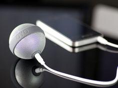 BALLO Speakers For OYO by BERNHARD  눈알사탕 같은 스마트폰 스피커