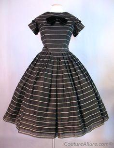 Vintage 50s SUZY PERETTE Dress Full Skirt Stripe