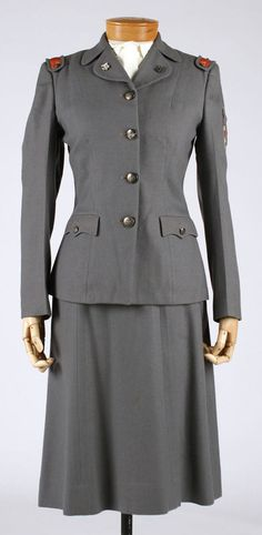 1941-1945 Women's Cadet Nurse American Uniform.