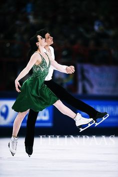 Tessa Virtue and Scott Moir (Canada) (photo credit: http://www.flickr.com/photos/skateeelinpaas/)
