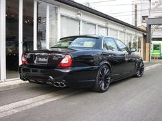 Jaguar Cars, Jaguar Xj, Black Wheels, Mobiles, Cars And Motorcycles, Bmw, Vehicles, Motorbikes, Mobile Phones