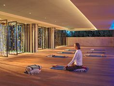 Elegant Yoga Studio Boutique Hotel Interior Design of Canyon Ranch Hotel and Spa, Miami Beach, Florida « Products « Design Images, Photos and Pictures Gallery « DESIGN WAGEN Yoga Studio Design, Yoga Studio Home, Gym Design, Beach Design, Pilates Studio, Design Ideas, Design Trends, Design Inspiration, Miami Beach