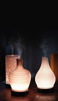 Featuring the world's most advanced ultrasonic nebulizing diffuser, a lifetime warranty, 16 LED lighting options, three mist options and decorative, interchangeable shades, it's a stunning way to enjoy Scentsy Oils.