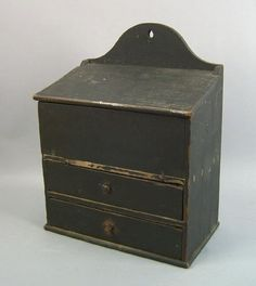 Pennsylvania painted pine hanging box, c. Distressed Furniture, Antique Furniture, Primitive Antiques, Vintage Antiques, Antique Wooden Boxes, Spice Drawer, Salt Box, Wall Boxes, Candle Box