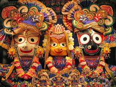 Deidades Balabhadra, Subhadra y Jagannath