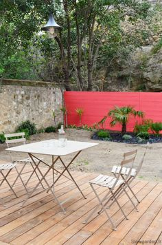 Outdoor Spaces, Outdoor Living, Outdoor Decor, Garden Furniture, Outdoor Furniture Sets, Murs Roses, Raised Patio, Backyard Retreat, Wall Colors