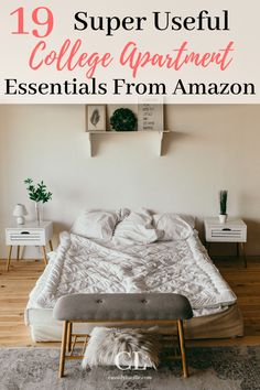 These are the best college apartment essentials. I love the living room college apartment ideas! I used this to help make my college apartment checklist. College Apartment Checklist, First College Apartment, College Apartments, Apartment Essentials, College Campus, College Closet, College Essentials, Studio Apartments, Small Apartments