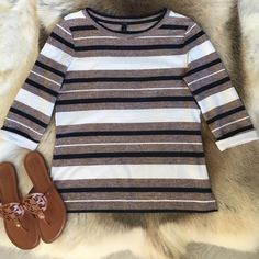 SALE J. Crew Striped Shirt - XS Classic striped top. 100% cotton. Navy, white, and blush tweed stripes. Very casual and elegant. Size XS. J. Crew Tops