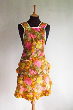 Vintage 1950s/60s Orange & Pink Housewife Full Pinafore Baking Apron by UpStagedVintage on Etsy