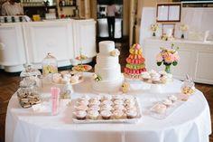 BELLE WEDDING   Hochzeitsplanung #weddingplanner #hochzeitsplaner #swiss Love Is Sweet, Sugar, Table Decorations, Wedding Planer, Fiction, Dinner Table Decorations