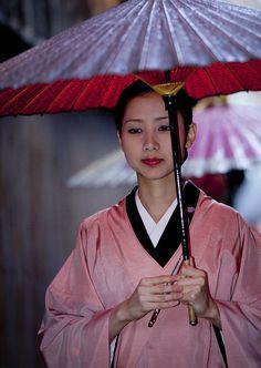 Kotohajime --Geisha Mamehana, without heavy makeup--beautiful!