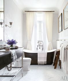 Brooke Shields's MB - such a great style for a city apartment / townhouse - urban bathroom