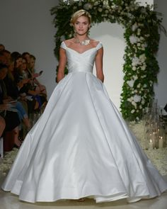 Straight From The Runway Anne Barges Latest Wedding Dress Designs