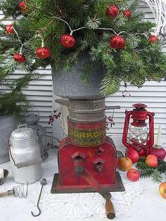 Vintage Aufbewahrung - Zentrifuge Ziegenmilch Schafmilch shabby chic - ein Designerstück von artdecoundso bei DaWanda
