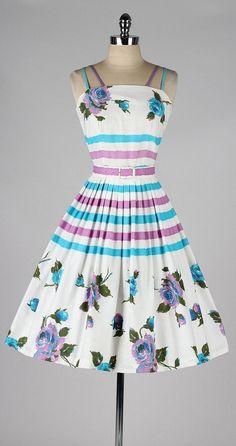 vintage 1950s dress . white floral print . by millstreetvintage by krystal
