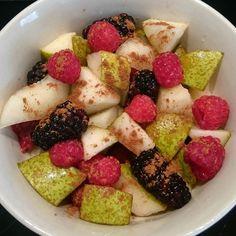 #Synfree #healthy #snack #fruit with #cinnamon  #slimmingworldjourney #weightlossjourney #slimmingworld #healthylifestyle #healthy #goodfood #getfit #gethealthy #healthylifestyle #lowfat #lowcal #lowcarb #vegan #vegetarian #veganshare #weightwatchers #yum #food #foodporn by lornadavis77