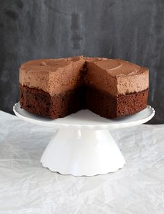 This gluten free chocolate mousse cake is the perfect moist, rich chocolate cake topped with light, eggless chocolate mousse. A showstopper!