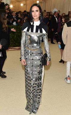 Blake Lively from 2018 Met Gala Red Carpet Fashion Jennifer Connelly, Celebrity Gossip, Celebrity Style, Karen Elson, Met Gala Red Carpet, Costume Institute, Vogue Fashion, Womens Fashion For Work, Red Carpet Fashion