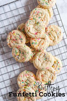Easy funfetti sugar cookies full of fun bright sprinkles. Sugar Cookies With Sprinkles, Sugar Cookie Cakes, Sprinkle Cookies, Sugar Cookies Recipe, Baking Recipes, Cookie Recipes, Dessert Recipes, Funfetti Cookie Recipe, Confetti Cookies