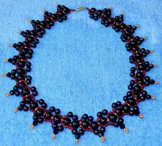 Free pattern for necklace Blackberry Jam