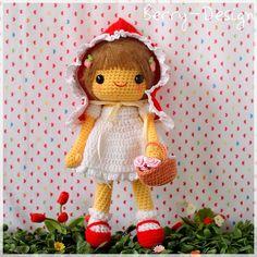 PDF Crochet Pattern  Little Red Riding Hood от berriiiz на Etsy, $5.59