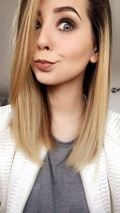 Zoella was asked one *horrible* question. Zoella Makeup, Zoella Hair, Hair Makeup, Zoella Beauty, Best Beauty Tips, Beauty Hacks, Summer Hairstyles, Straight Hairstyles, Medium Hair Styles