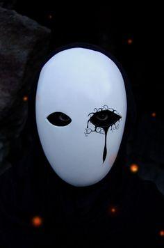 Meuchelmörder Maske von AnotherFaceStudio auf Etsy