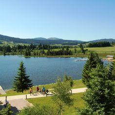 Lac des Rousses - Jura - France | Les 30 plus beaux endroits de France à découvrir sans attendre by Trivago | #JuraTourisme