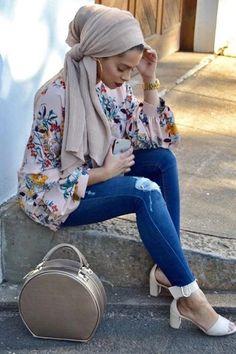 Muslim Fashion 361202832616236508 - Source by nathaliebertran Turban Hijab, Turban Mode, Hijab Dress, Swag Dress, Casual Hijab Outfit, Hijab Chic, Islamic Fashion, Muslim Fashion, Moda Hijab
